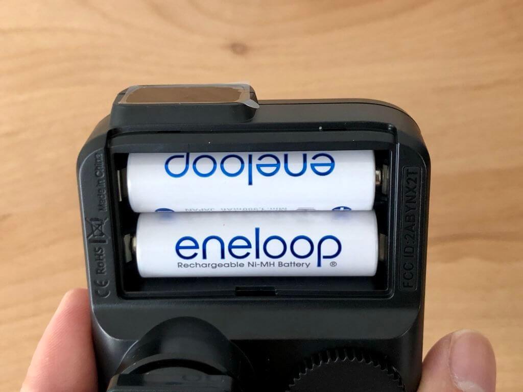 単3電池2本で動く